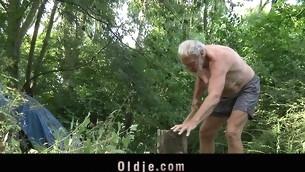 tenåring blowjob gammel mann pornostjerne